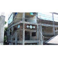 3 Storey Building in Ruwanwella Town for Sale.